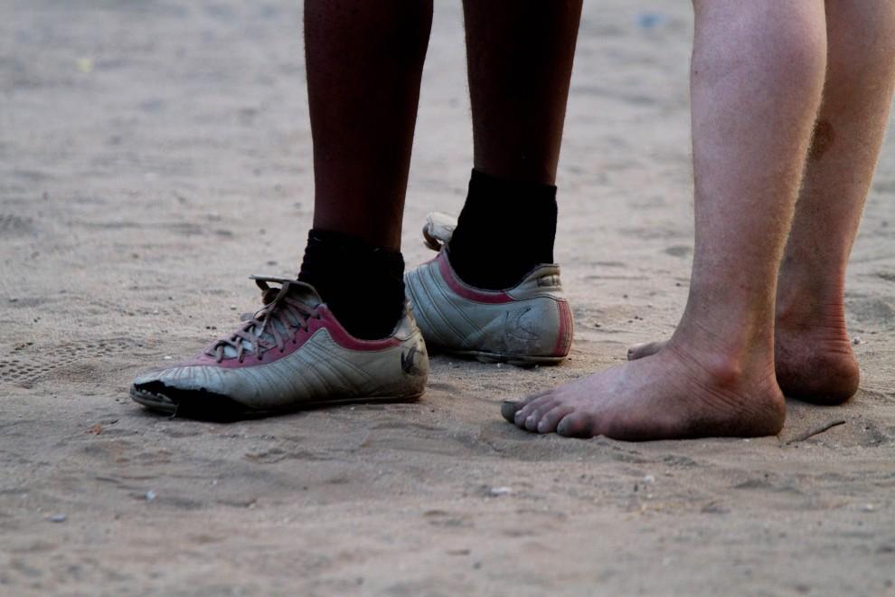 5145 Покажите нам свои ноги