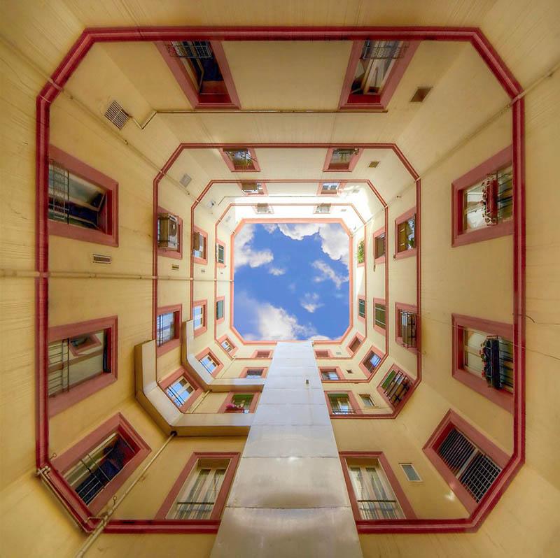 5153 Небо в архитектурной рамке
