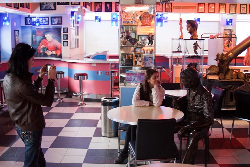 5171 Кафе Elvis в Израиле