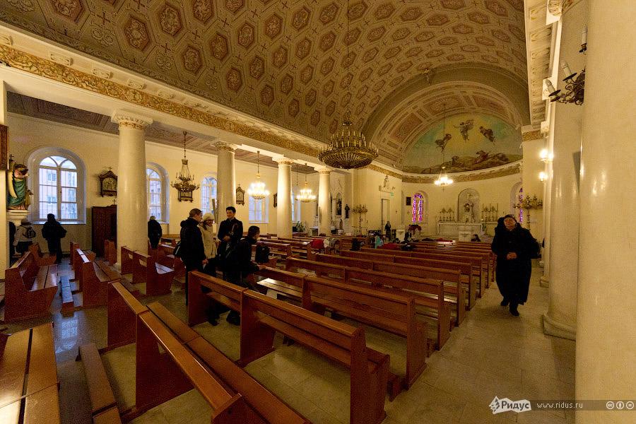 6135 Инославные церкви Москвы