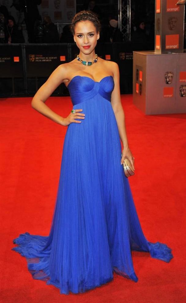 711 608x990 самые красивые платья 2011 года