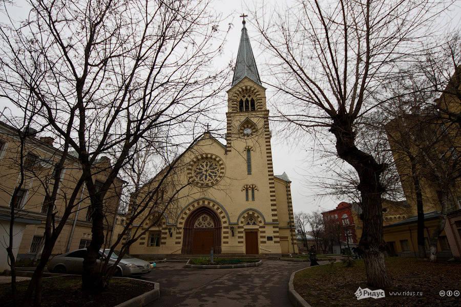 8127 Инославные церкви Москвы