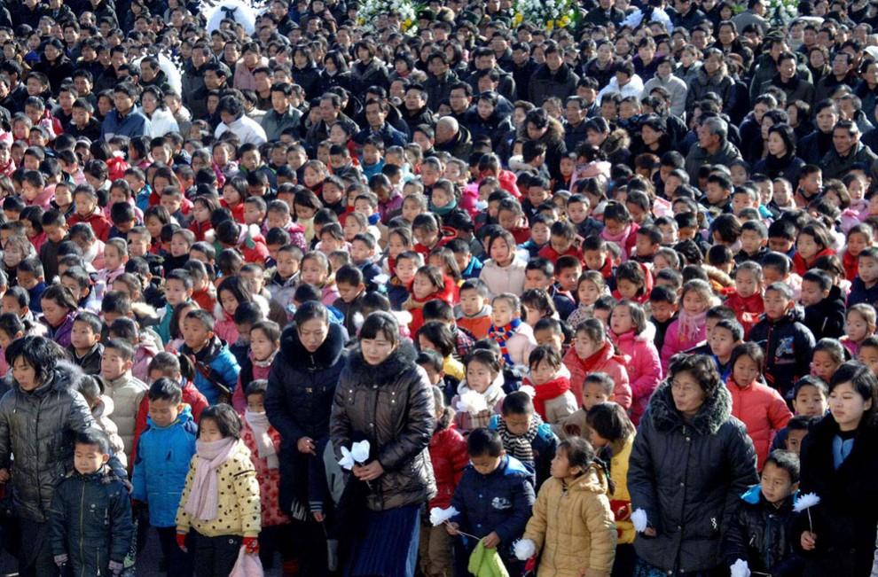 9142 990x651 Северная Корея простилась с Ким Чен Иром