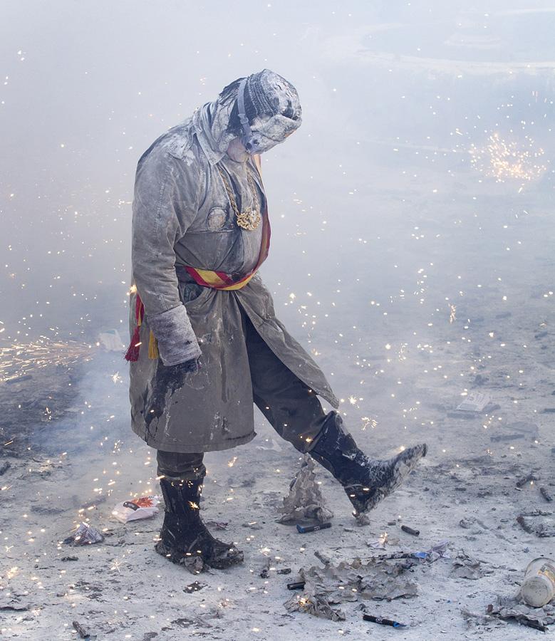 Ibi02 День Дураков в Испании отметили мучным побоищем