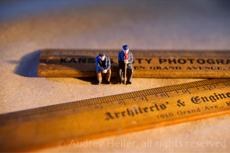 Measure Занятные миниатюры Одри Хеллер