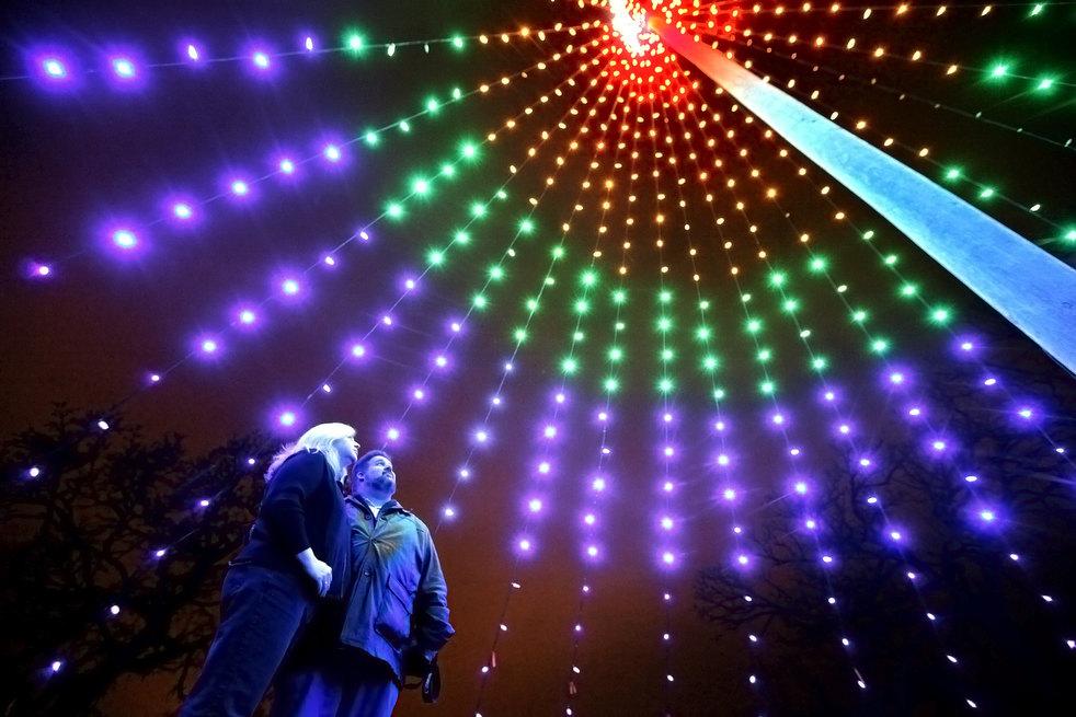 holiday lights 2011 01 Новогодние огни