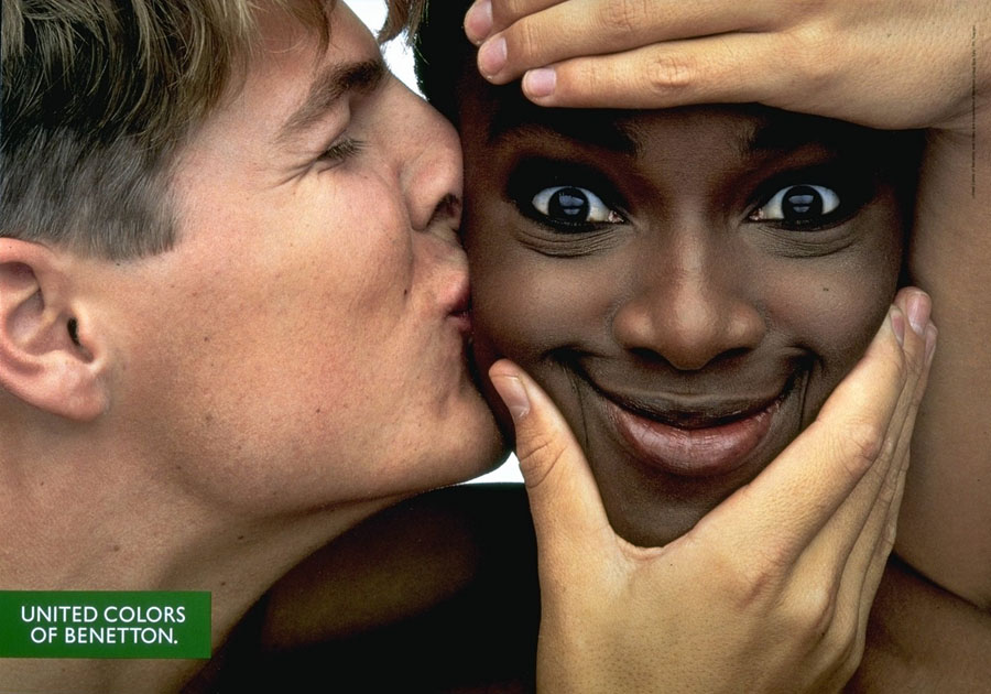 kiss Социальная реклама United Colors of Benetton, шокирующая мир