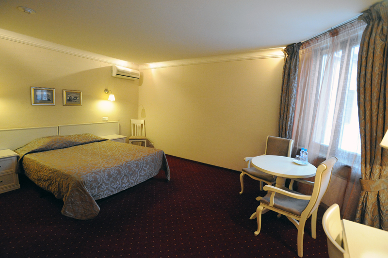 00519 Самые необычные отели Санкт Петербурга