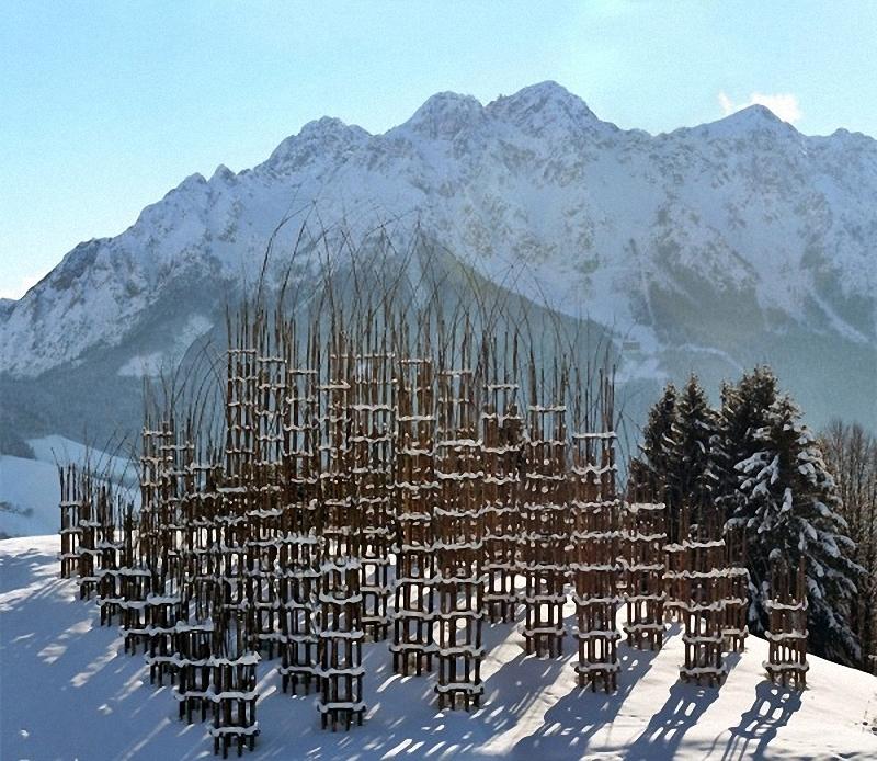 0063 Храм из растущих деревьев в Италии