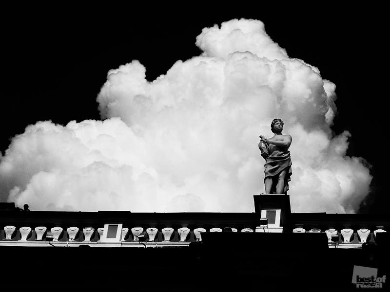 0443 Лучшие фотографии России 2011. Номинация Архитектура