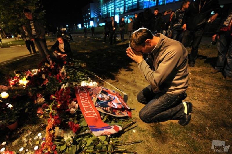...в Ярославле в субботу, 10 сентября состоится траурная церемония прощания с жертвами авиакатастрофы Як-42.