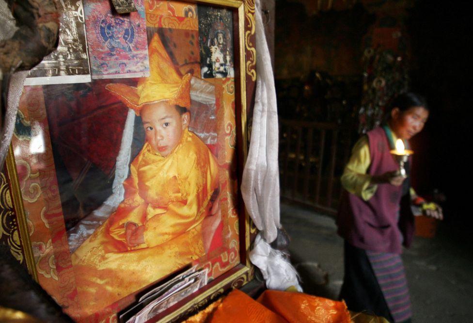 1258 Все лица Далай ламы: духовный лидер, политик, изгнанник