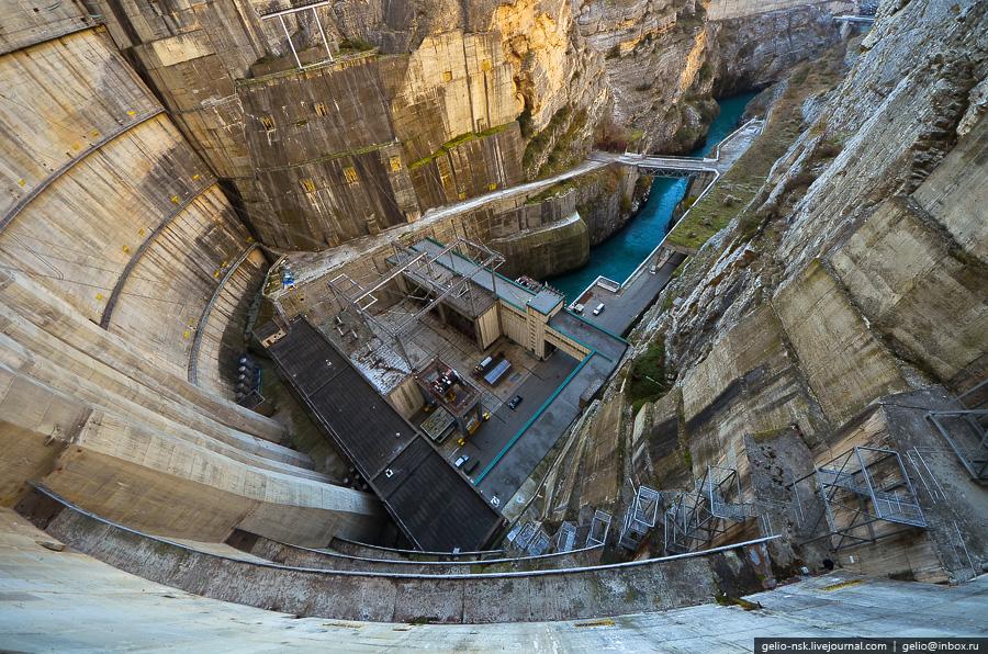 1529 Чиркейская ГЭС   самая высокая арочная плотина в России