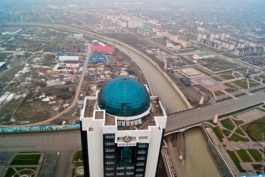 1583 Грозный Сити: Выше крыши