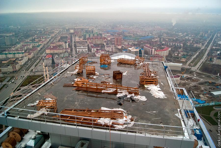 1677 Грозный Сити: Выше крыши