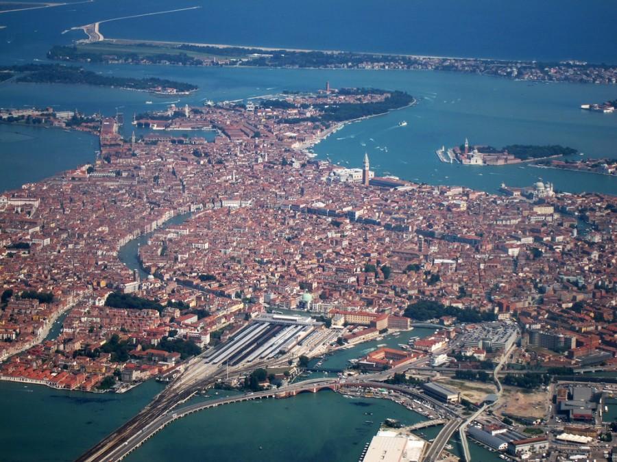 2152 Города острова Европы