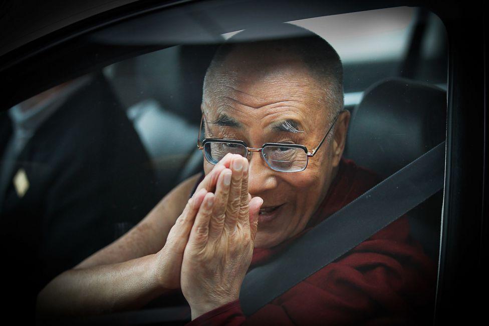 2172 Все лица Далай ламы: духовный лидер, политик, изгнанник