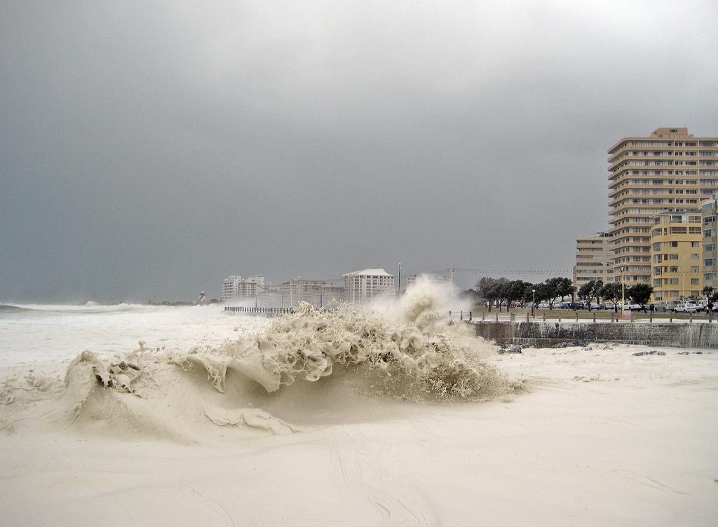 2199 День, когда море превратилось в пену