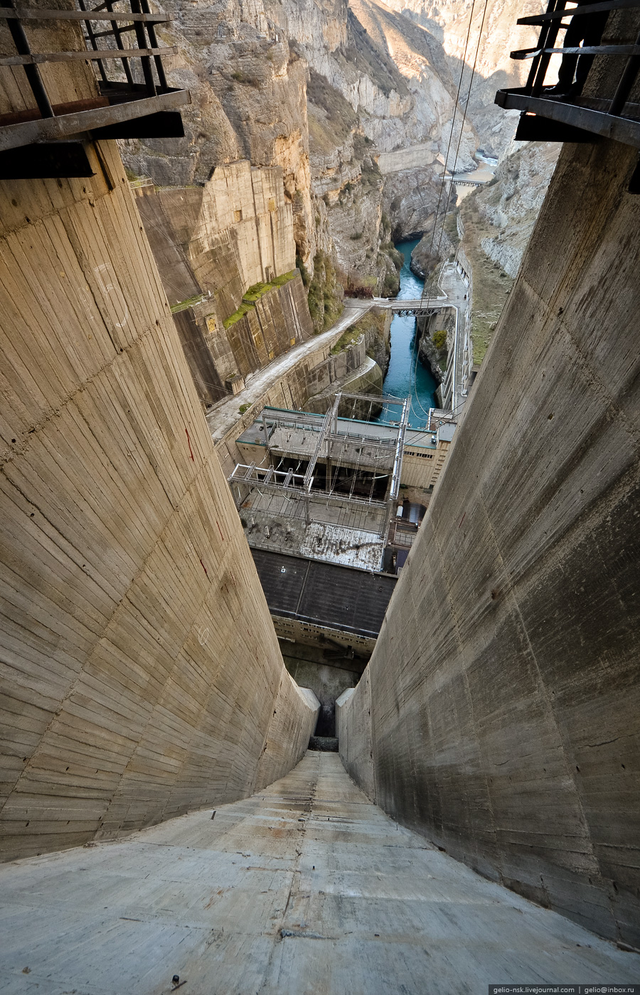 2914 Чиркейская ГЭС   самая высокая арочная плотина в России