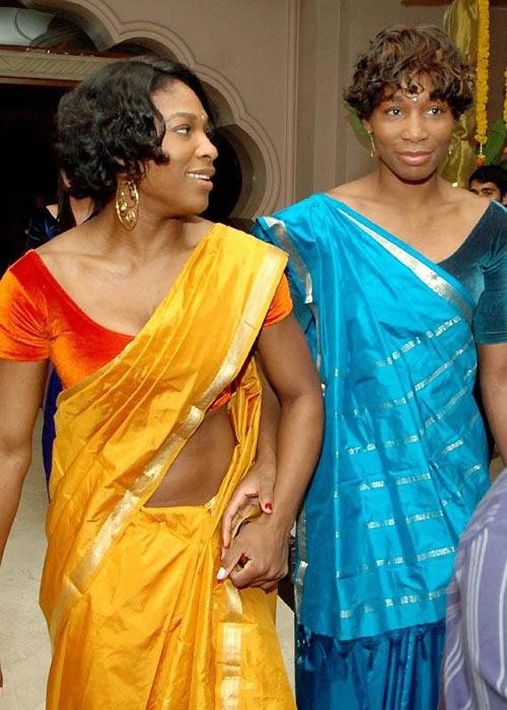 3151 Знаменитости в индийском сари