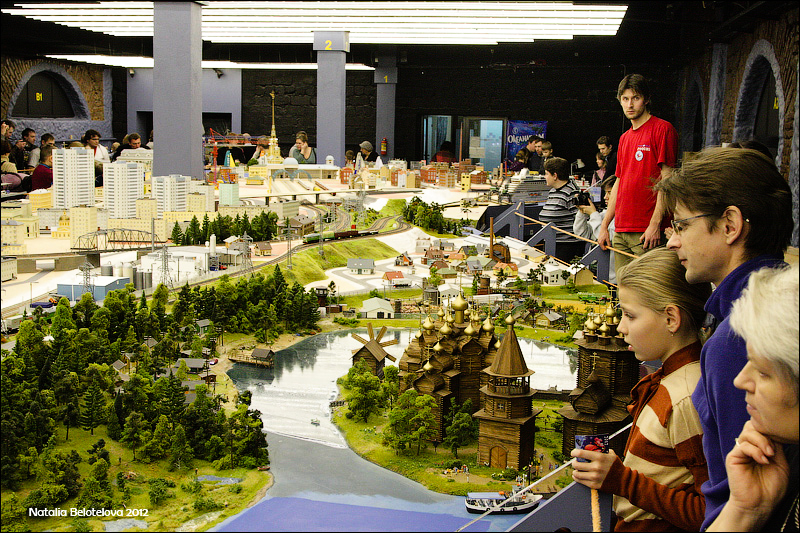 3314 Путешествие в игрушечную Россию: Гранд Макет на январь 2012