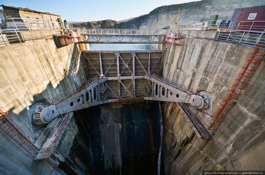 3414 Чиркейская ГЭС   самая высокая арочная плотина в России