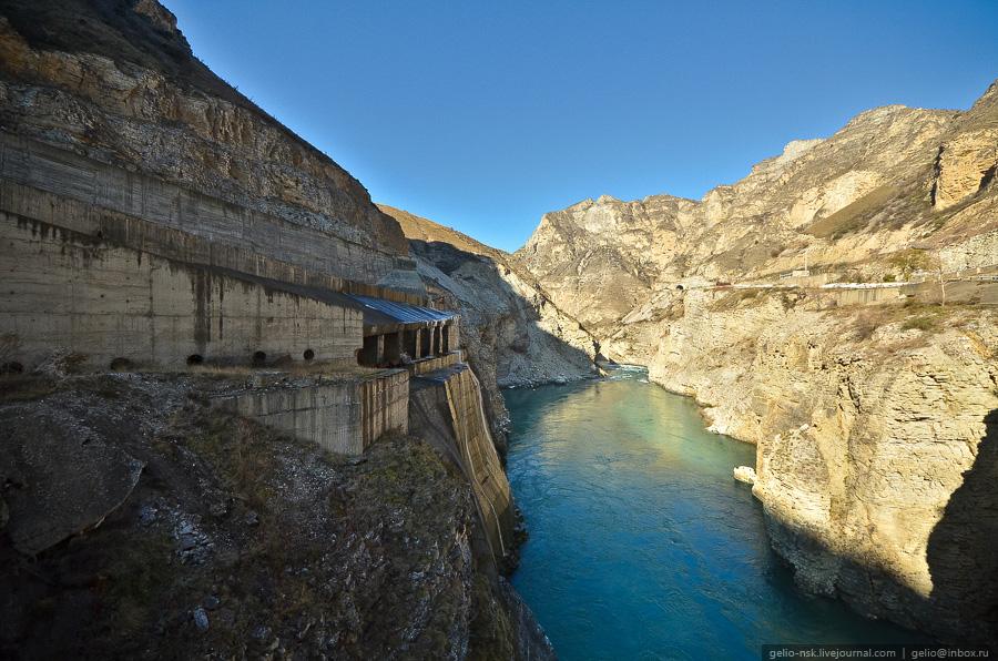 3513 Чиркейская ГЭС   самая высокая арочная плотина в России
