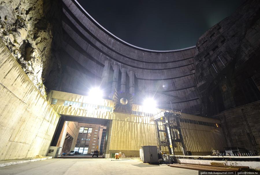 4411 Чиркейская ГЭС   самая высокая арочная плотина в России