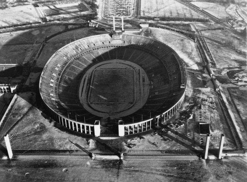 569 20 впечатляющих фото послевоенного Берлина с высоты птичьего полета