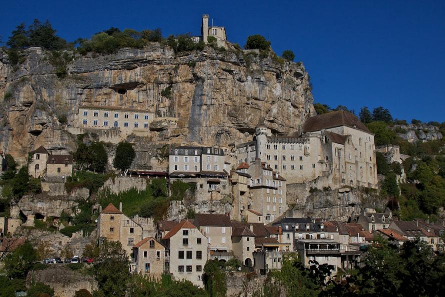 576 Жизнь на краю обрыва — скальные города Европы