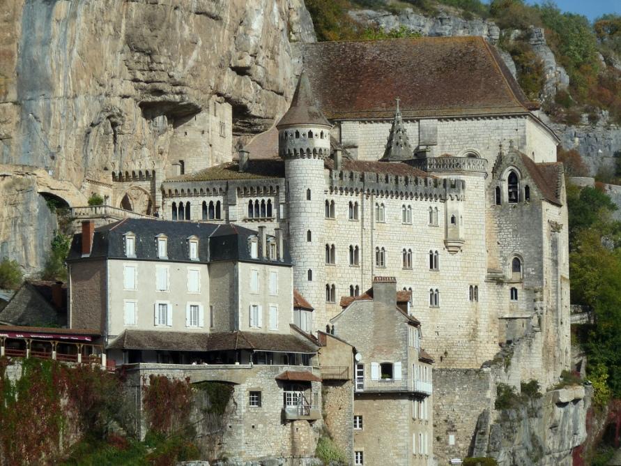 766 Жизнь на краю обрыва — скальные города Европы