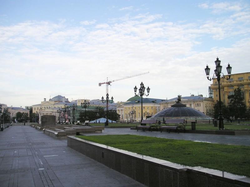 Манежная площадь в разные годы