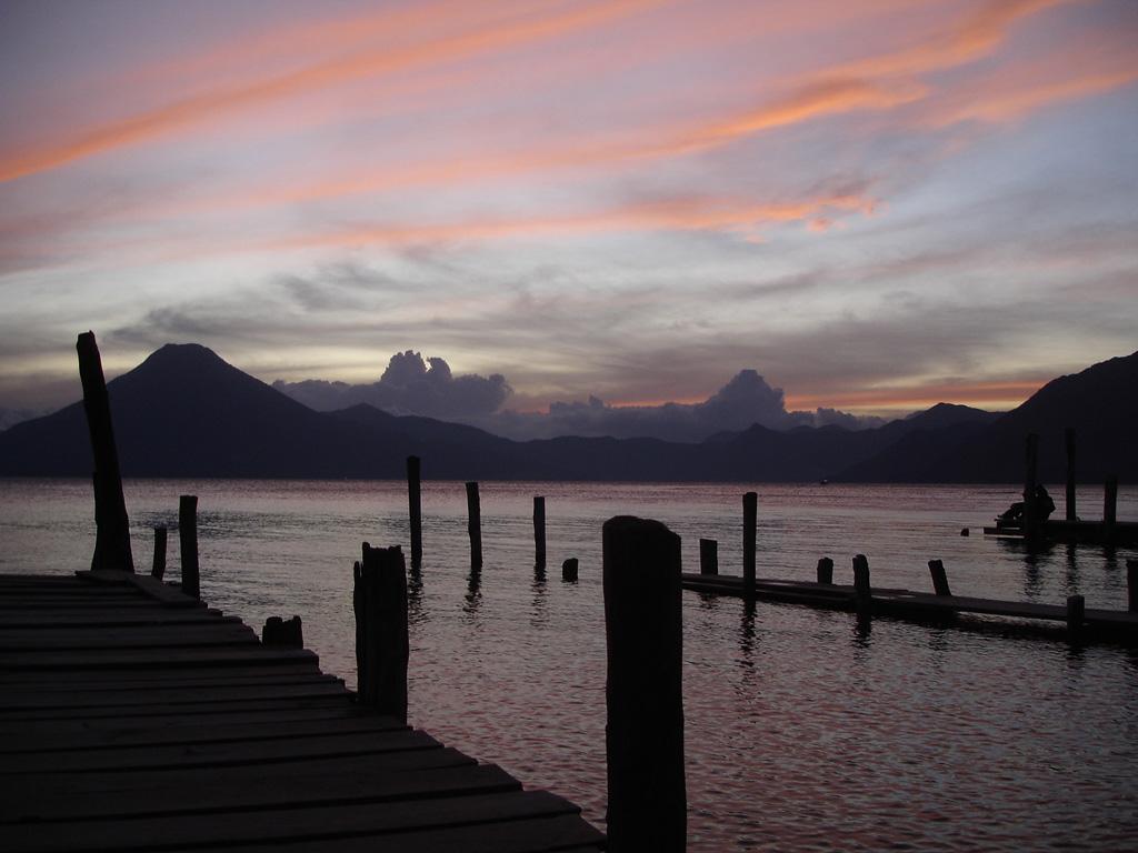 Lake Atitlan Guatemala31 Озеро Атитлан: Место, где радуга обретает цвета