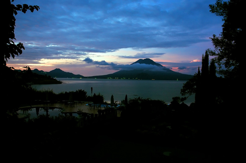 Lake Atitlan Guatemala81 Озеро Атитлан: Место, где радуга обретает цвета
