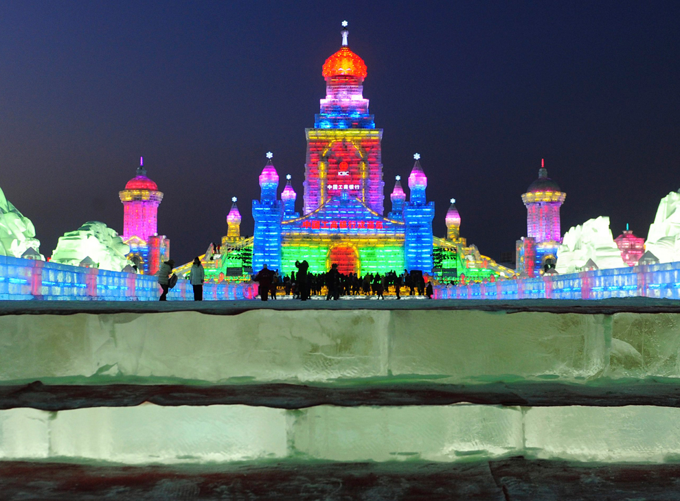 Фестиваль снега и льда в Харбине 2012