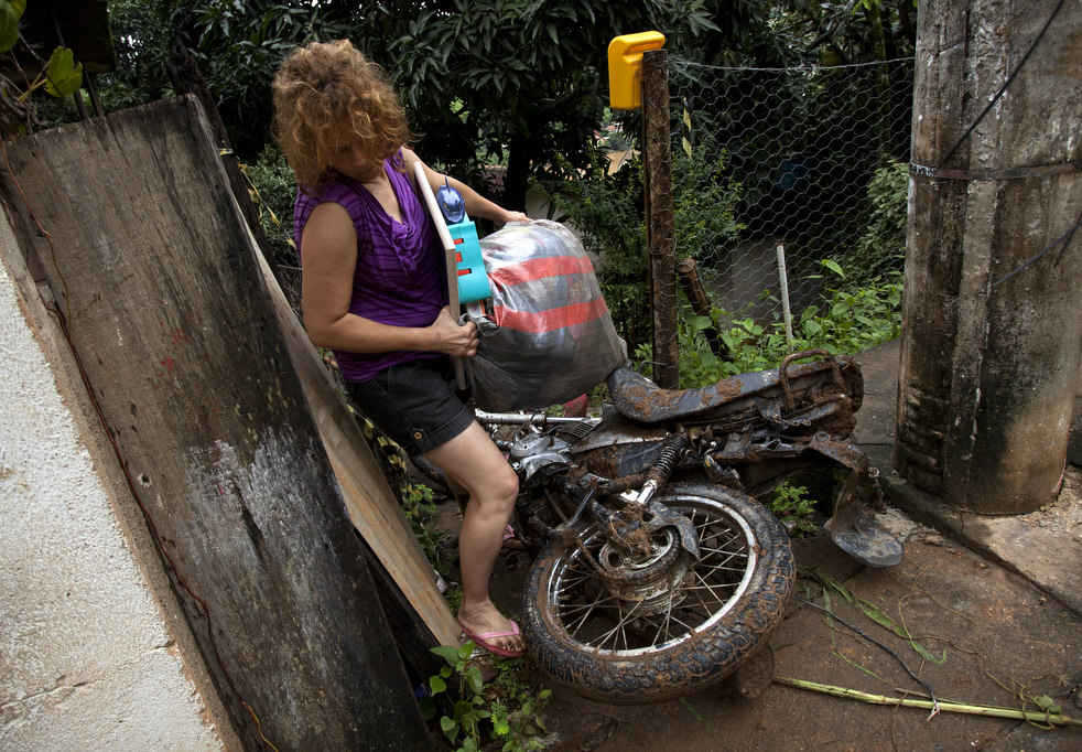brazil floods 10 Разрушительный оползень в Бразилии