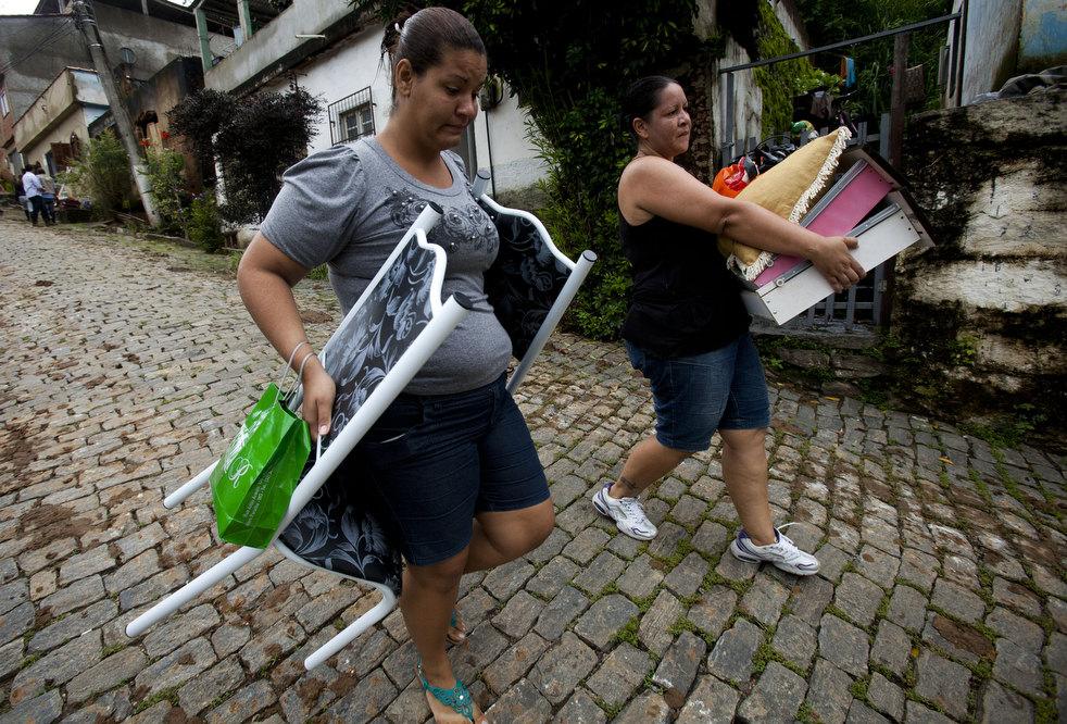 brazil floods 12 Разрушительный оползень в Бразилии