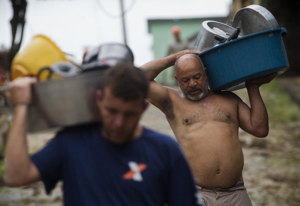 brazil floods 13 Разрушительный оползень в Бразилии