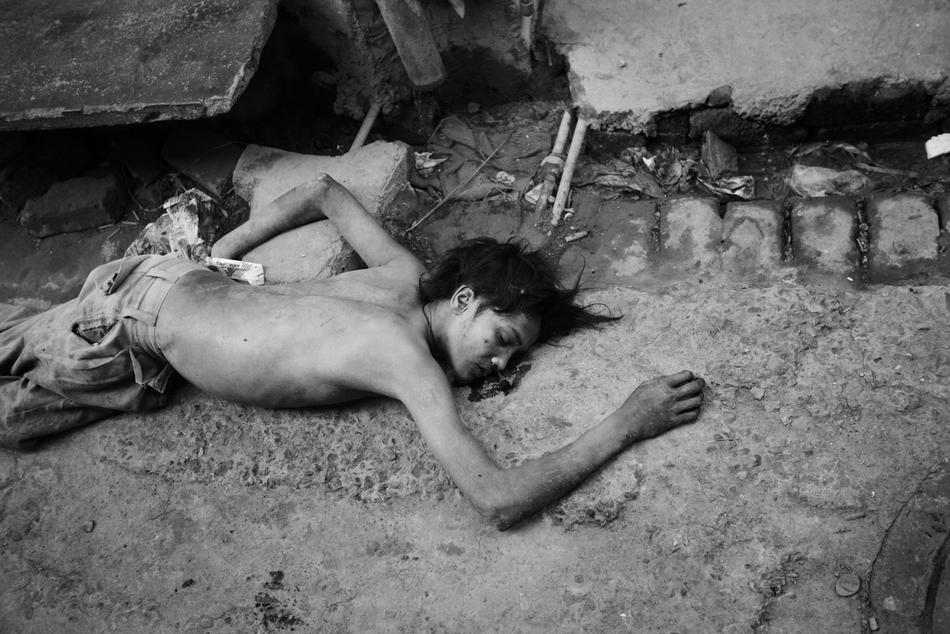 deathfor50rupees008 Наркомания в Индии: смерть по 50 рупий