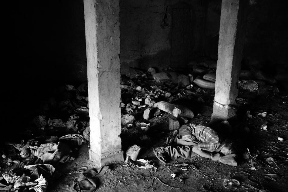 deathfor50rupees028 Наркомания в Индии: смерть по 50 рупий