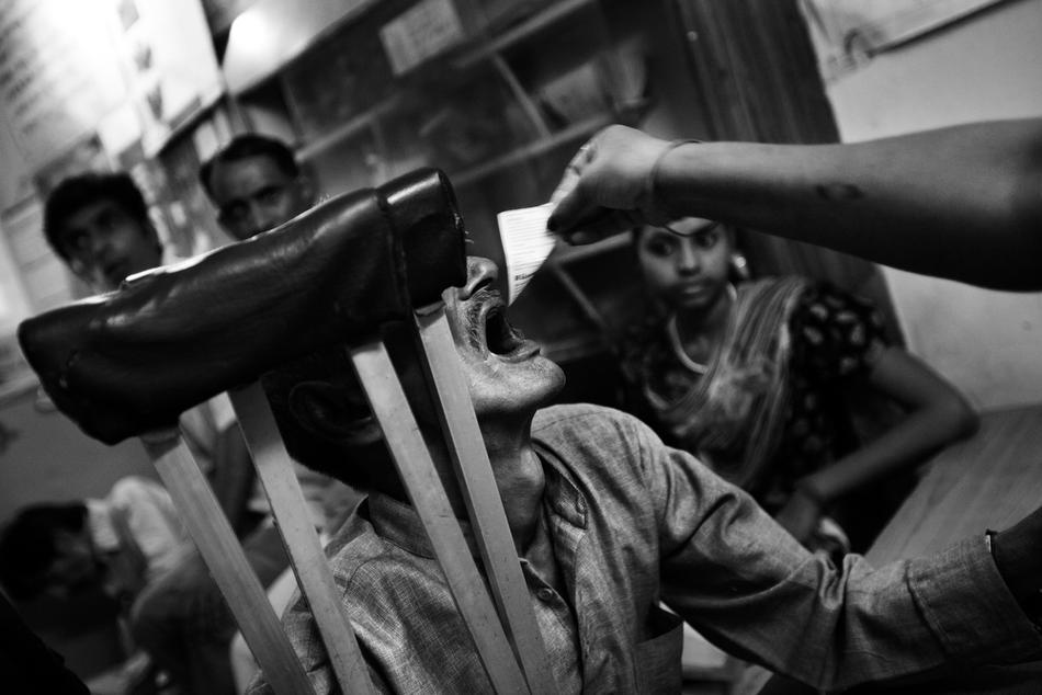deathfor50rupees033 Наркомания в Индии: смерть по 50 рупий