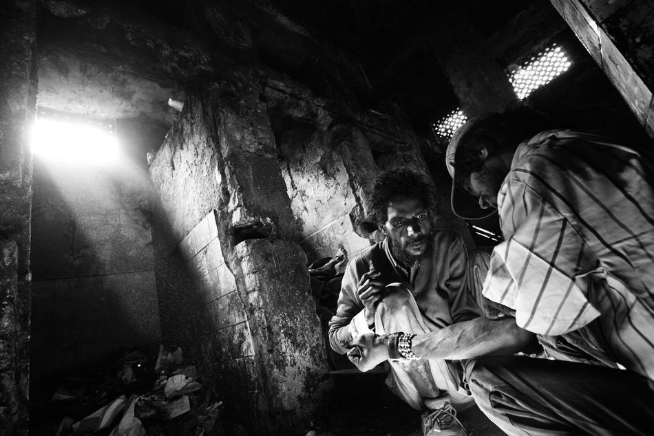 deathfor50rupees037 Наркомания в Индии: смерть по 50 рупий