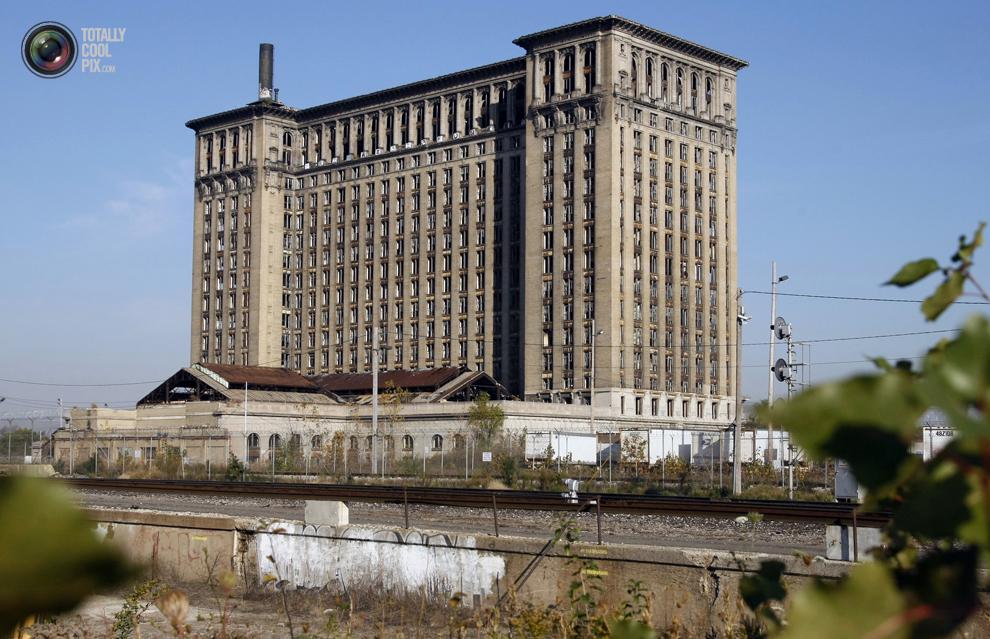 detroit 032 Детройт не работает