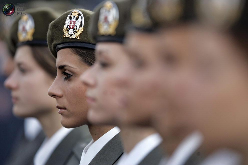 Female01 женщины военные из разных стран