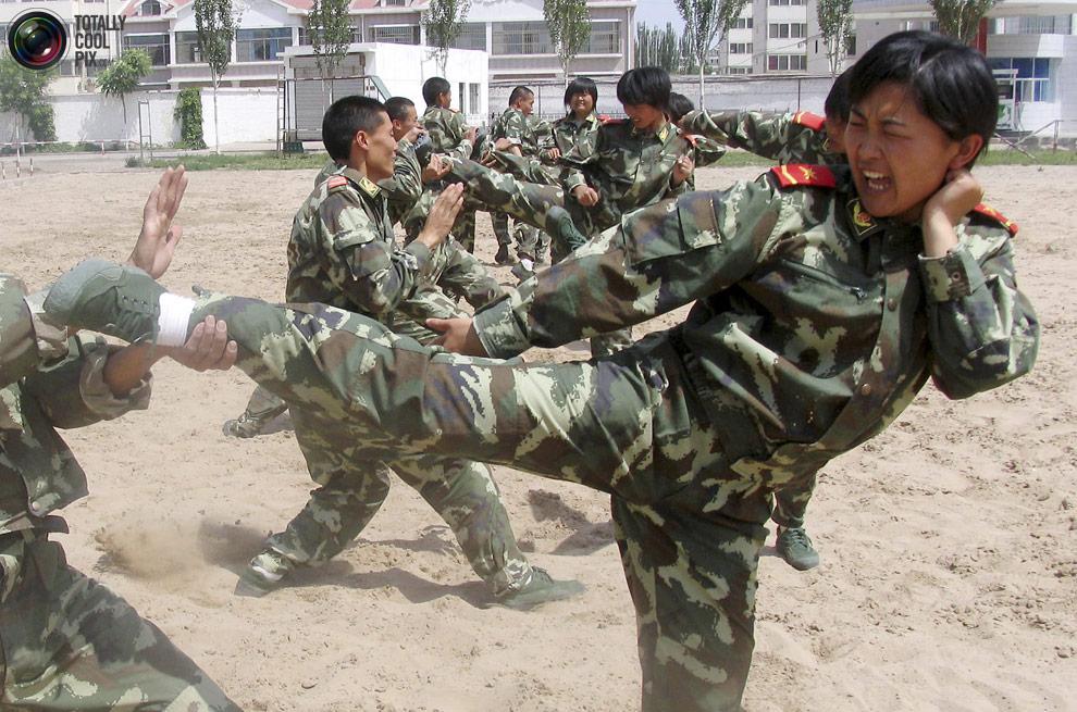 female04 Женщины военные из разных стран мира
