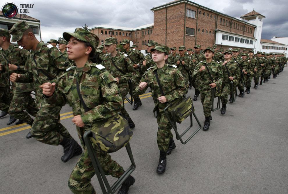 female24 Женщины военные из разных стран мира