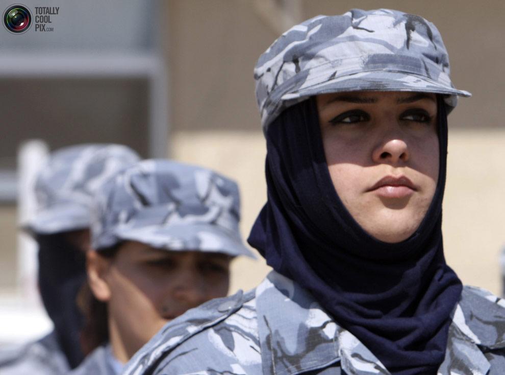 Iraq soldier strip woman 4