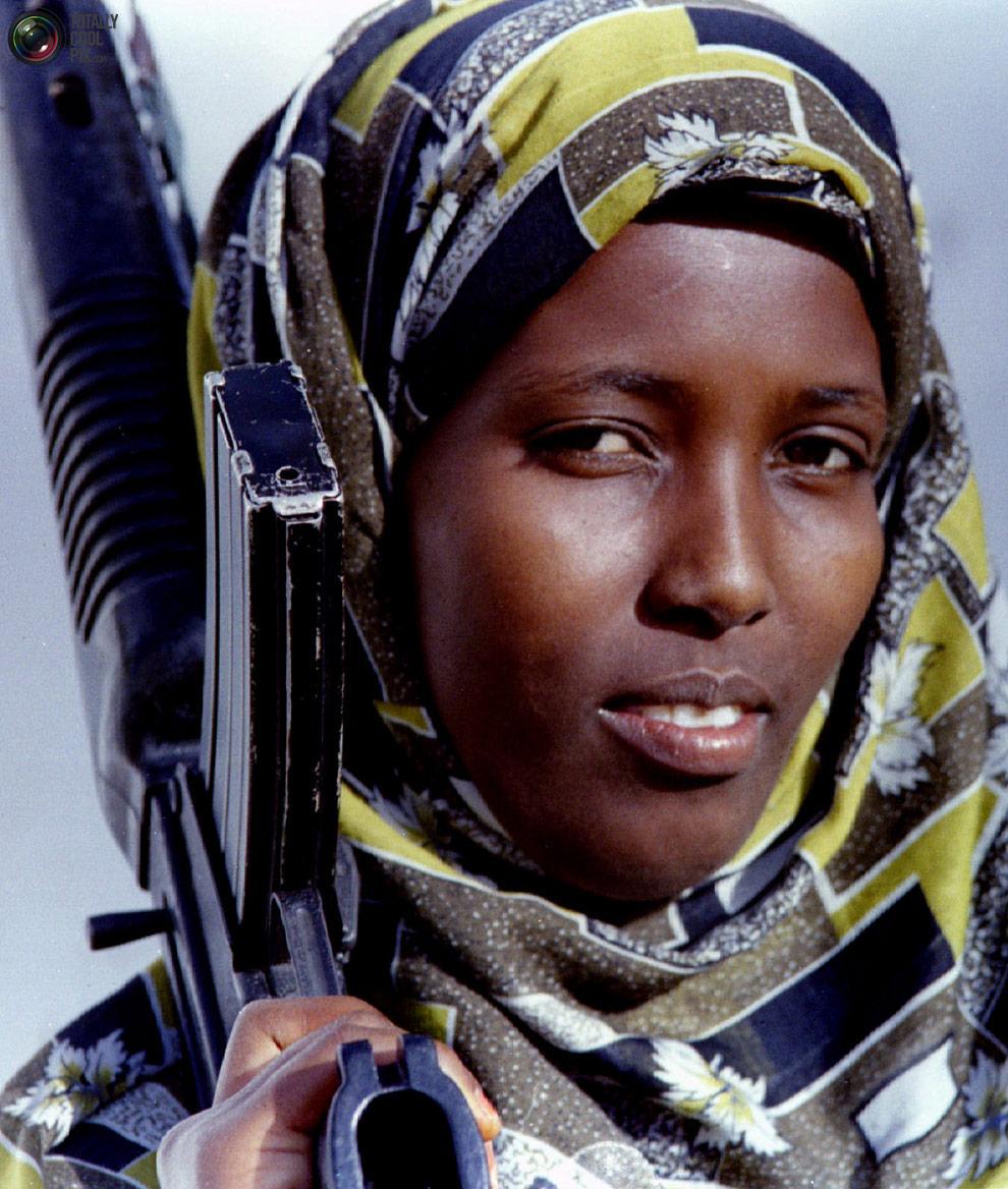female28 Женщины военные из разных стран мира