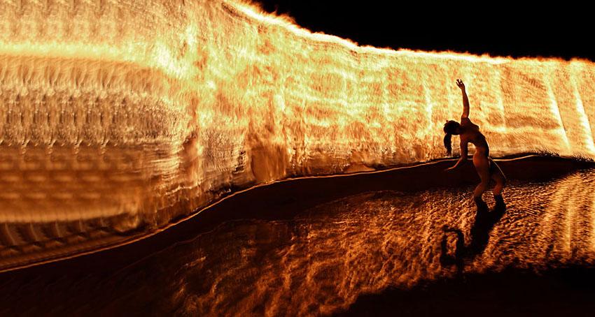 fireshow24 Стихия огня на фото Тома Лакоста