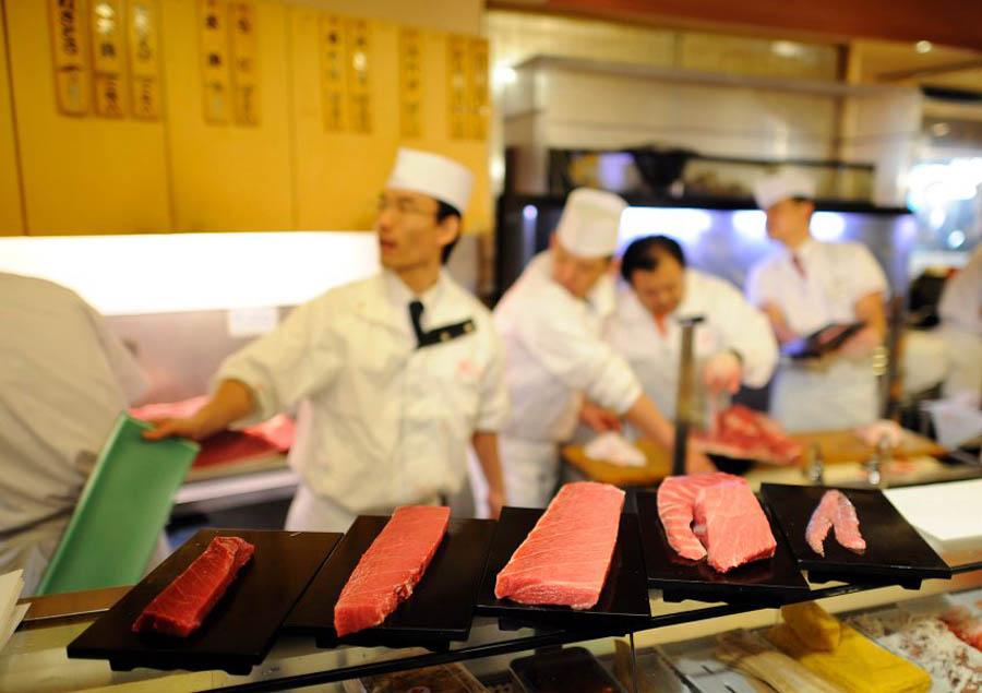 image 300747 galleryV9 xqij В Японии разделали гигантского тунца за 736 тысяч долларов